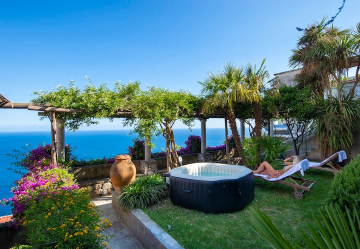 Casale Fralisa - Great terrace & seaview hot tub