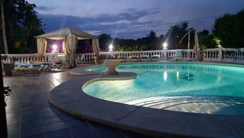 Villa exceptionnelle avec piscine privée
