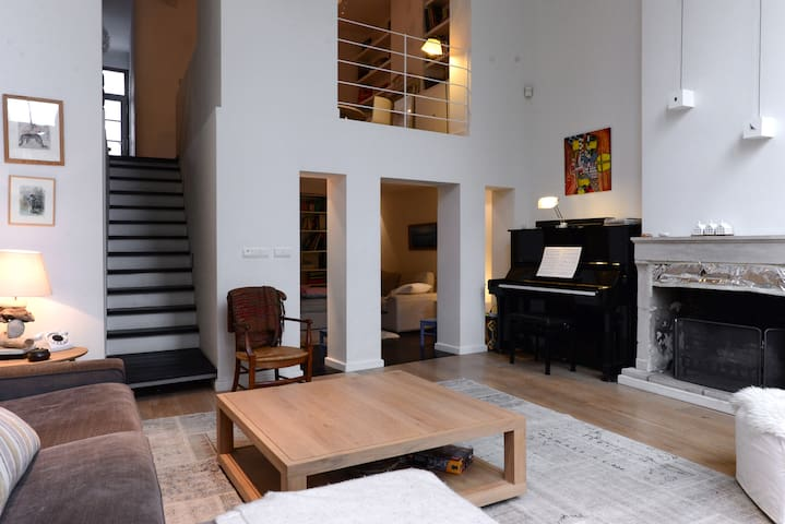 Charming family house in Uccle - Uccle - Talo