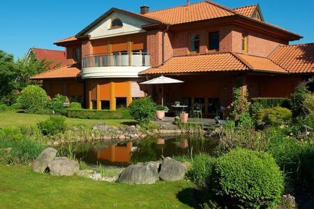 Ferienwohnung / Appartment am Eschhang - Bad Zwischenahn - 度假屋