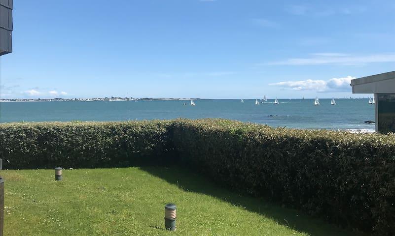 T2 vue mer terrasse plage en accès direct wifi