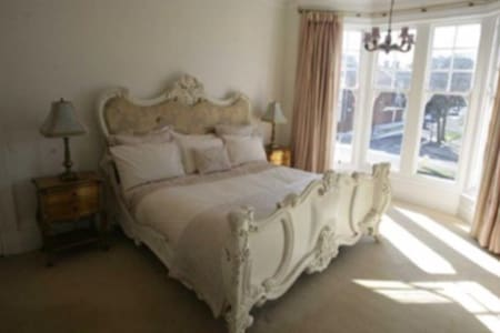 Victorian Town House, Very Pleasant - Sunderland - Hus