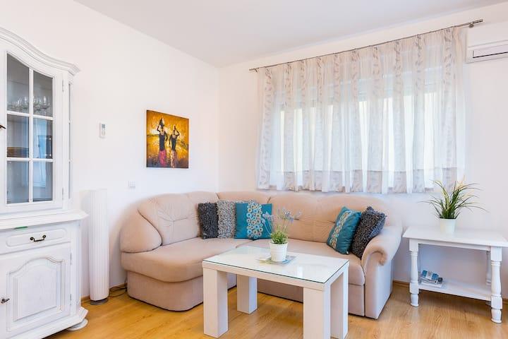 Bonaca - AP4 Klara mit 2 Schlafzimmern