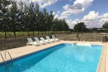 La Vigne -2 Bedroom Gite with Onsite Swimming Pool