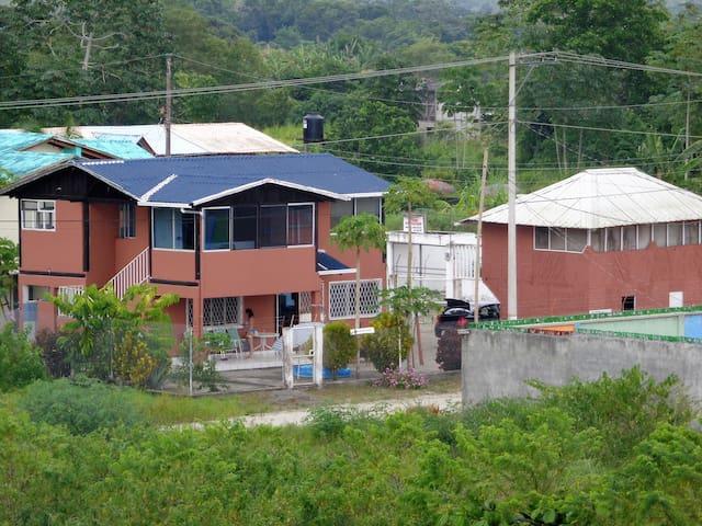 Casa Tambaco cerca Manglares más Altos del Mundo