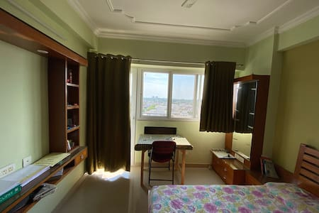 Comfortable and modern stay at Kanpur
