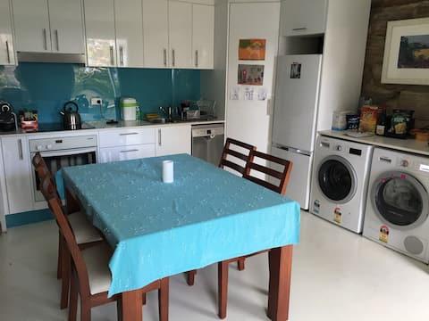 Unique, Sandstone Apartment in North Narrabeen.