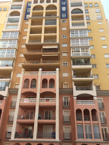 Сдаю на лето квартиру вид на море - Torrevieja - Apartamento