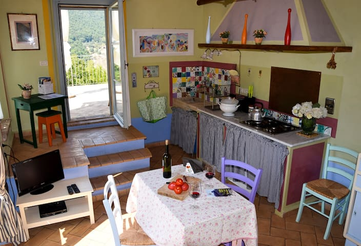 Il Noce: a very bright apartment near Perugia - Perugia - Apartment