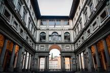 Uffizi - 10 minutes walk