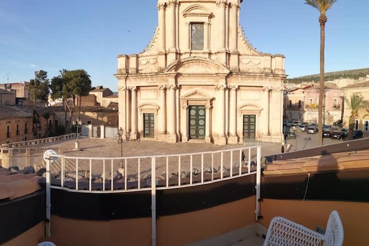 Yhomisus - Atena Vista sulla Basilica