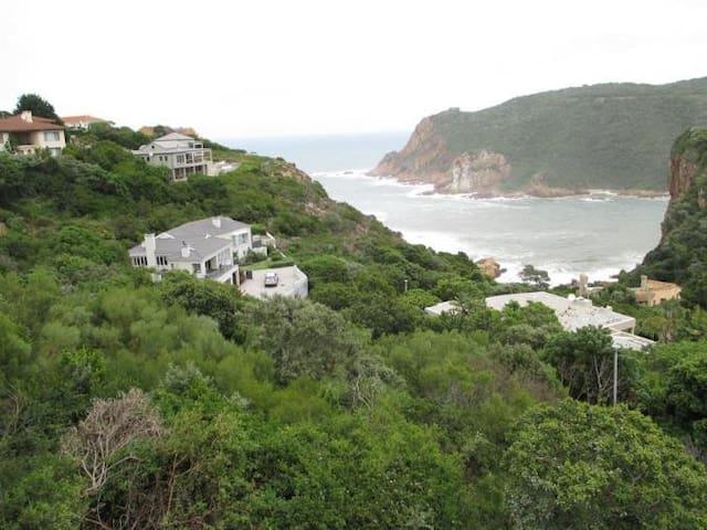 Phillip Villa  See & walk to the ocean - Superhost
