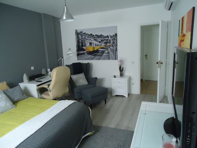 Bedrooms during Pope visit - Leiria - Appartement