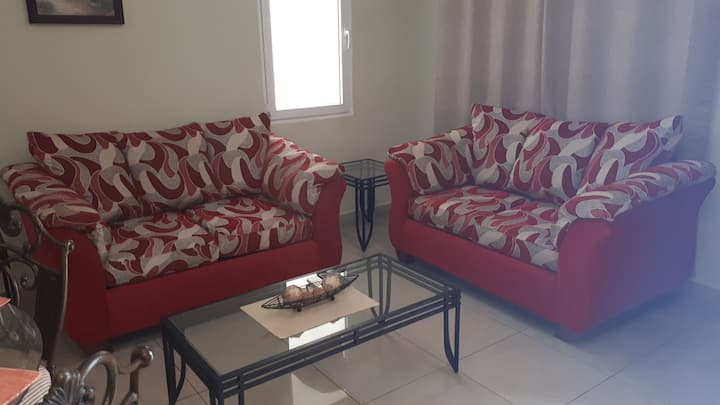 Beautiful One Bedroom apartment Apt. E