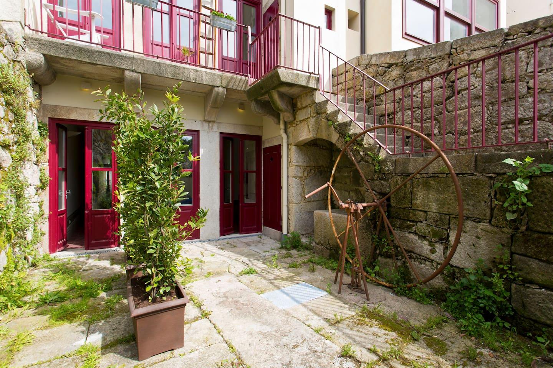 Beautiful studio with garden - Apartments for Rent in Porto, Porto ...