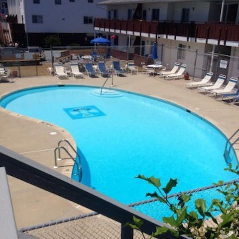 Sandy Toes 105- Pool, Great location! - Dewey Beach - Ortak mülk
