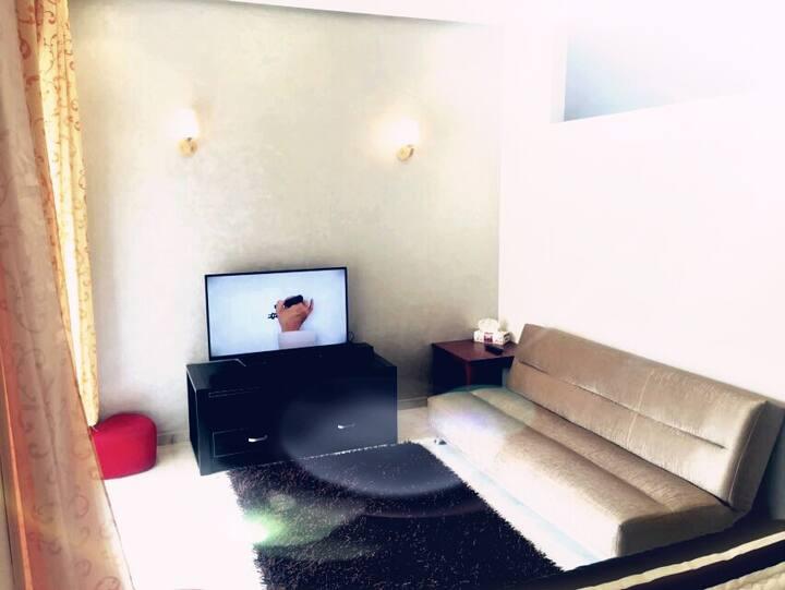 Studio bien meublé et propre à louer