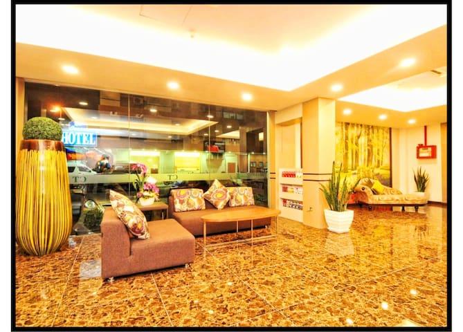 Grand CT Hotel2