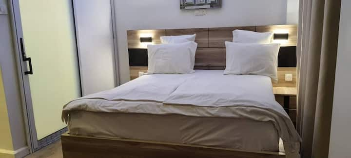 SARE BONAPRISO VIP BEDROOM