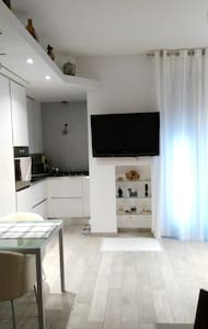 Stanza in centro, (San Giovanni) - Roma - Apartment