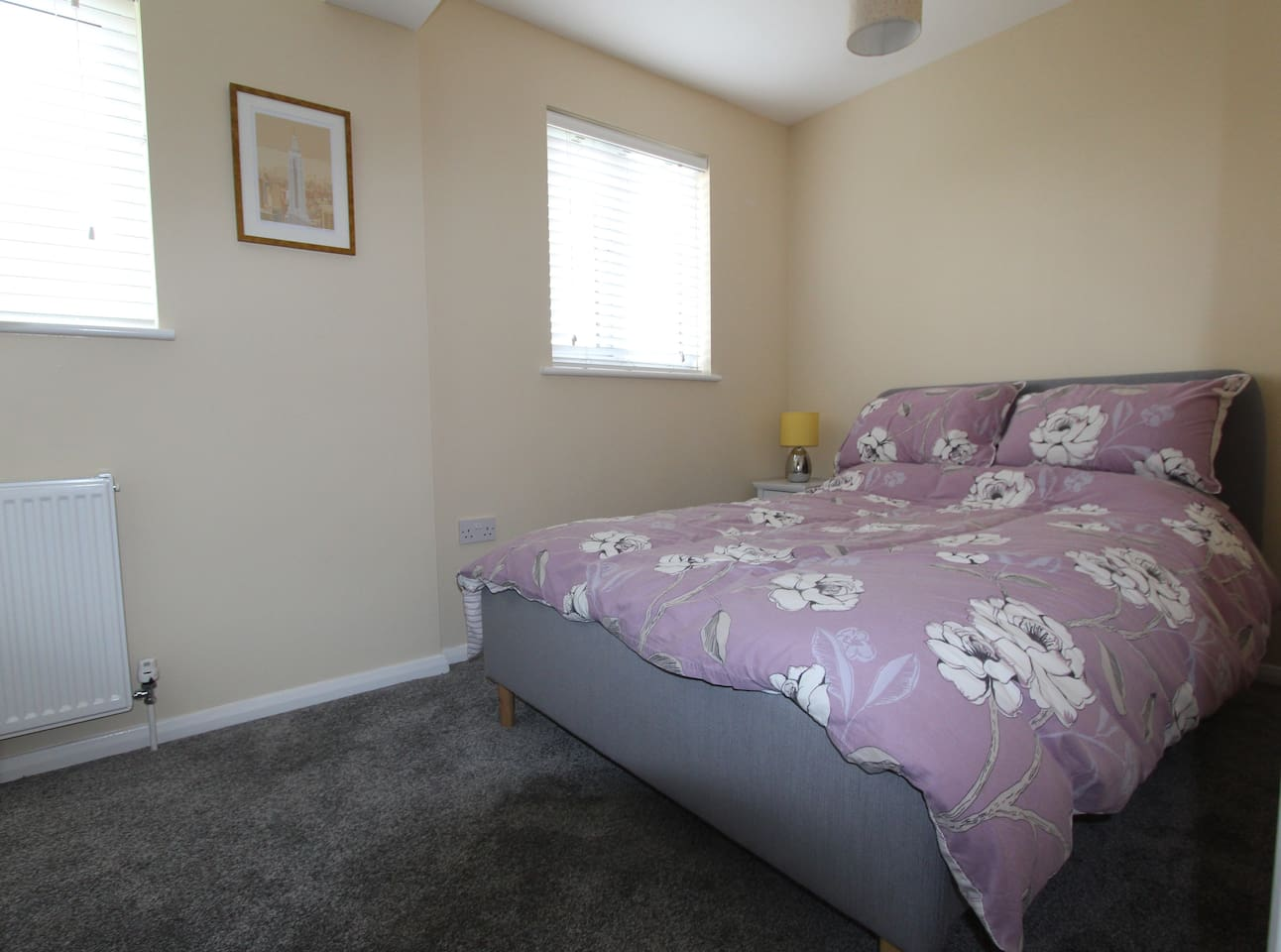 Quiet double bedroom