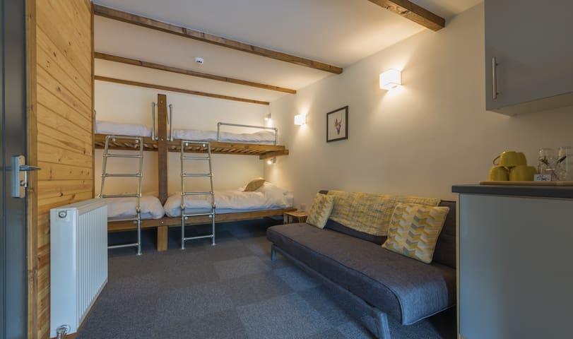 Birker - Unique Lake District Studio Lodge
