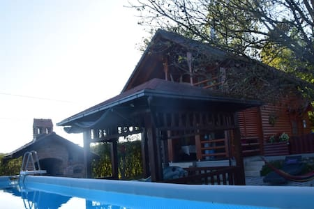 Secluded Cottage in Sveti Petar Mrežnički with Swimming Pool