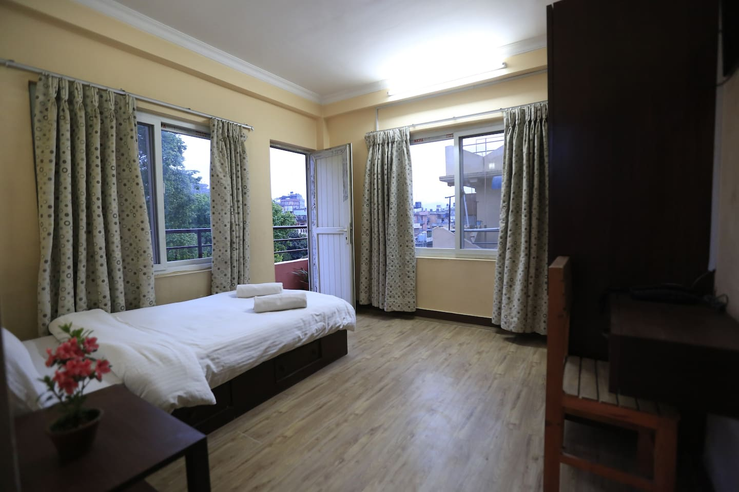 Room 301 Double Bed with private Bathroom /ensuite. Private small verandah/patio.  Large windows for natural light and a fresh breeze.Third Floor with access to a large Patio to enjoy the afternoon sun and look down onto the garden below