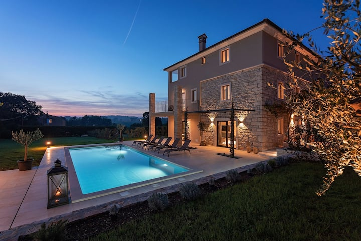 Beautifully designed Villa San Martino