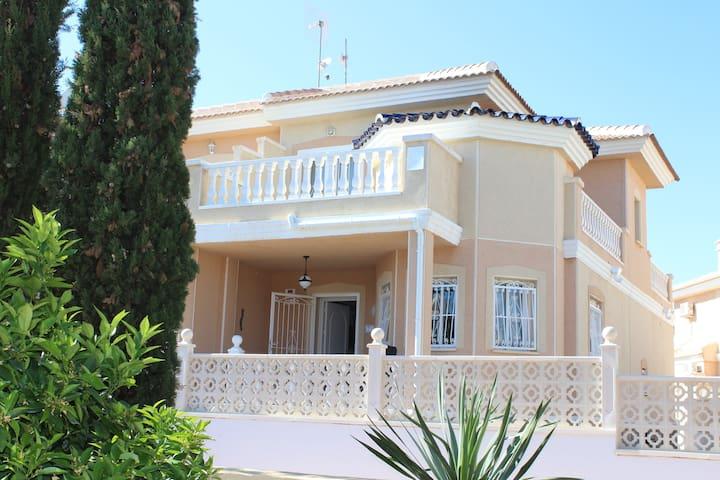 Villa a Alicante ( Ciudad Quesada) - Ciudad Quesada - Casa