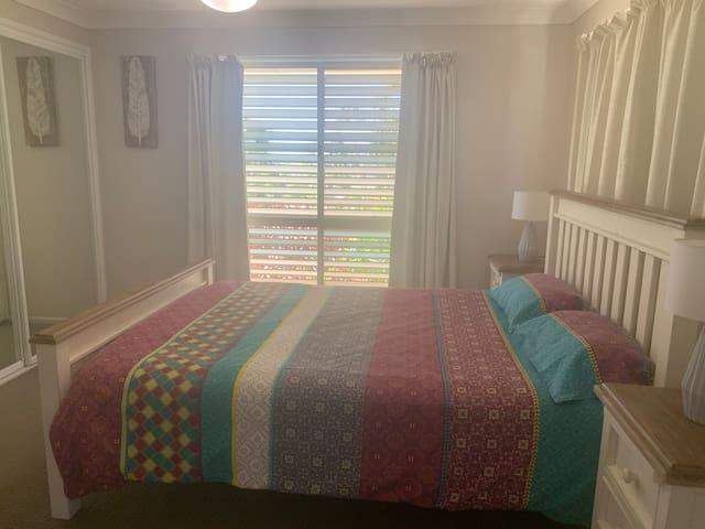The master bedroom (queen size).
