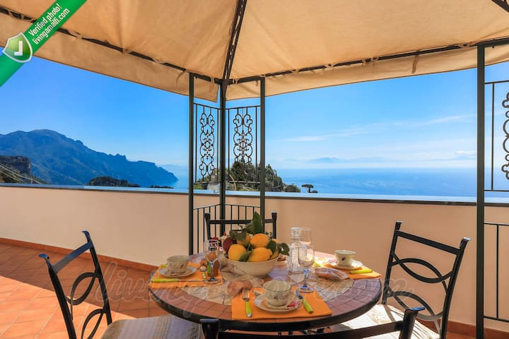 Il Sogno di Amalfi, big private terrace, sea view!