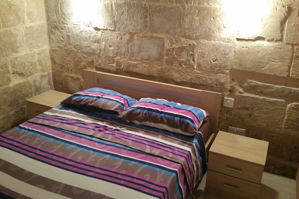 maison r nov e du 16 me si cle valletta maisons louer la valette valletta malte. Black Bedroom Furniture Sets. Home Design Ideas