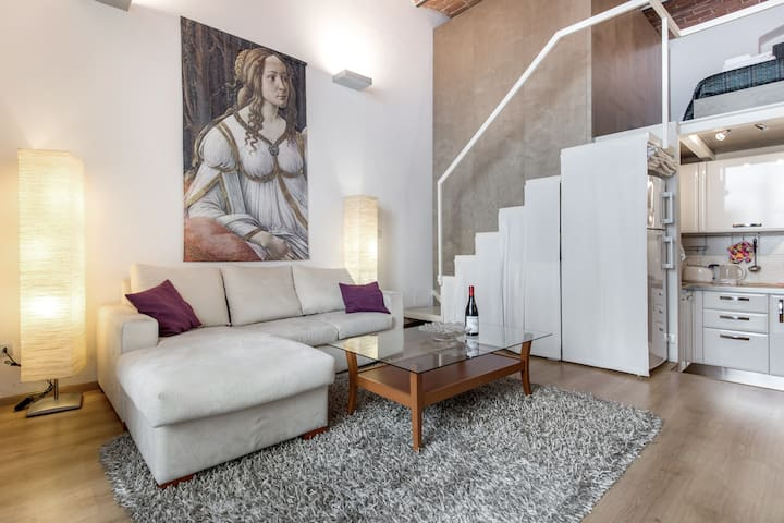 Cool metropolitan lifestyle loft, Wi-Fi, 2 Bikes - Florence - Loft