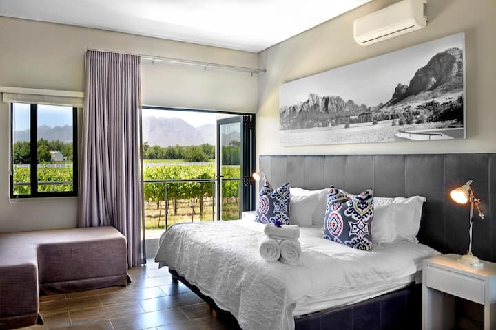 MALBEC VINEYARD ROOM @ Vrede en Lust Estate