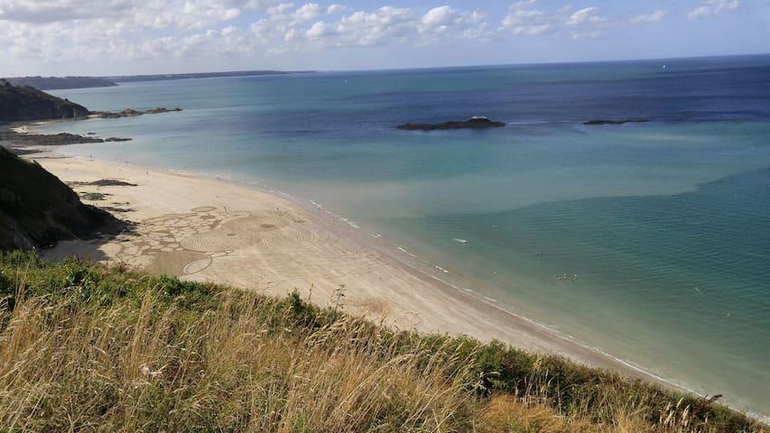 Pavillon à 2 minutes de la plage et des commerces - Plérin