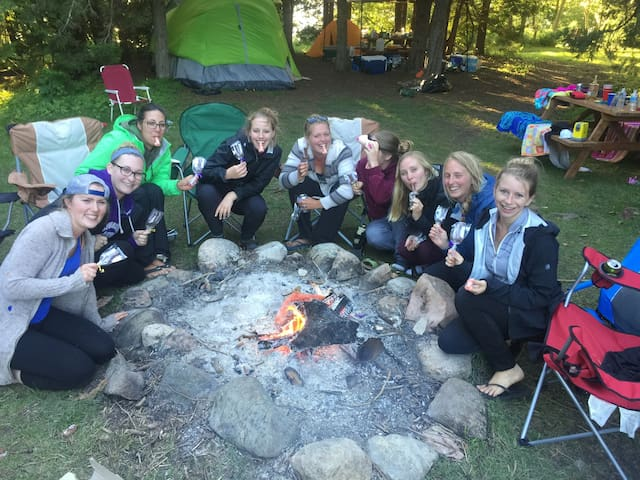Bachelorlettes Party Tenting!