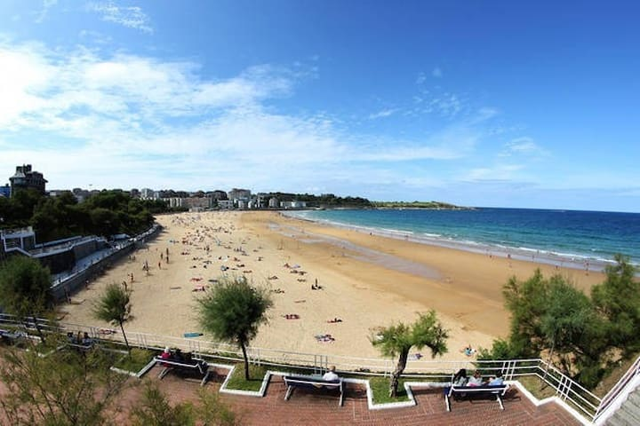 Perfect flat for cheap beach vacation - Santander - Huoneisto