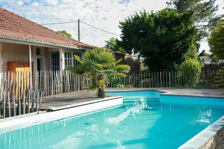 maison 4 ch avec piscine Bassin d'Arcachon - Arès - Villa