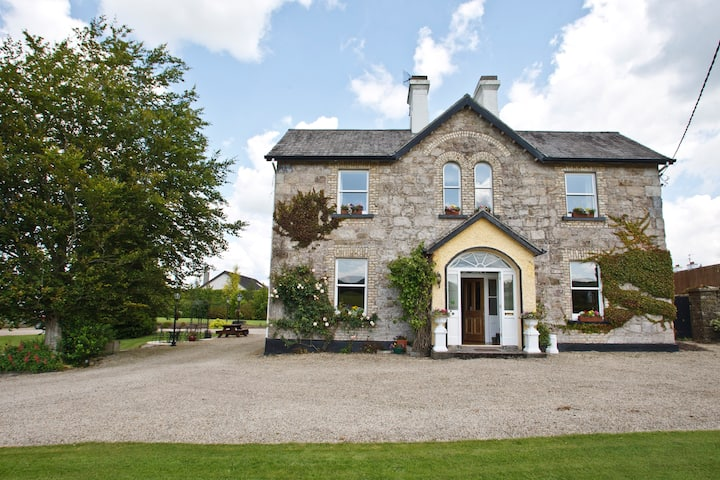 Kinnitty Bed and Breakfast, near Slieve Bloom Way.