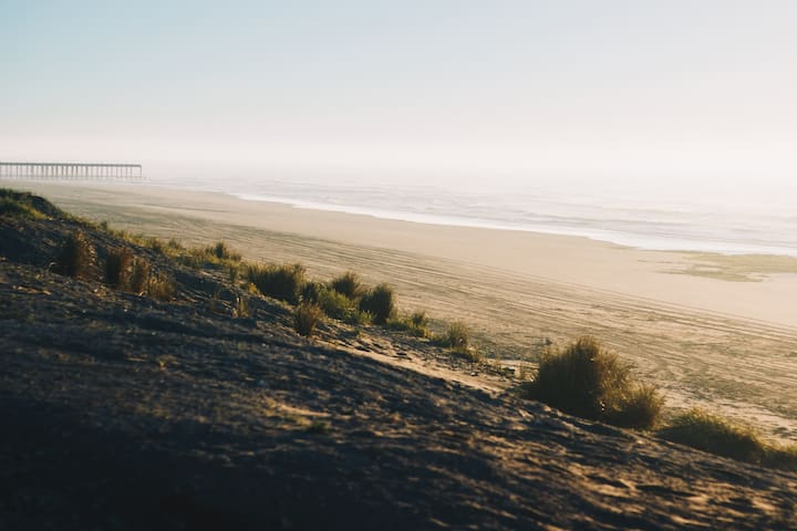 ¡Monoambiente mayor c/ pileta en zona playa!