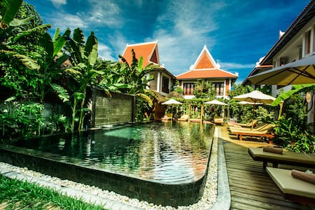 Deluxe Twin Pool View : Chez Moi Residence - Krong Siem Reap