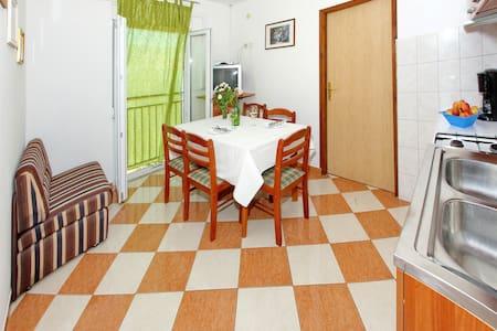 Apartments Cviluzec / A3 Twoo bedrooms - Bibinje