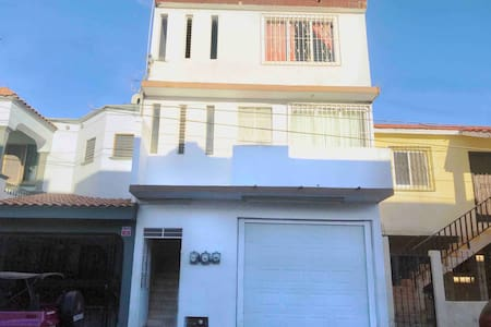 Spacious flat near the beach and touristic area