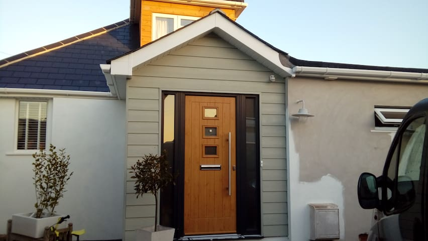 Modern chalet bungalow in Hengistbury Head - Bournemouth