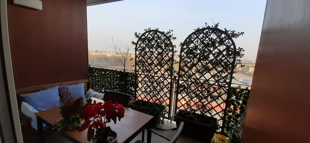 LOVELY APARTMENT CLOSE TO MILAN CITY CENTRE