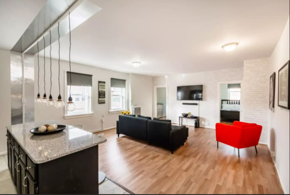 Dapper 3 bedroom minutes to city apartments for rent in philadelphia pennsylvania united for Three bedroom apartments in philadelphia