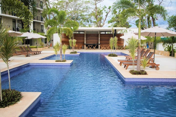 ★2 BR, aparment with A/C, pool, security★