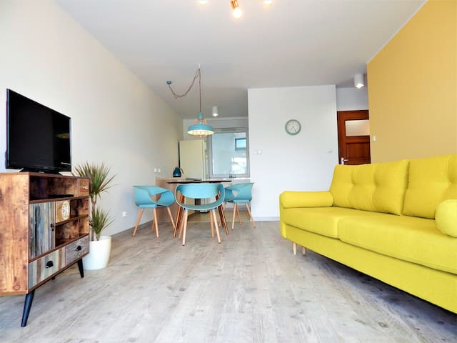 Blu-stylish apartment, 700 m to Old Town