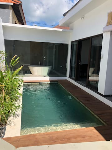 1 BR Villa in Canggu PRIVATE Pool and Kitchen